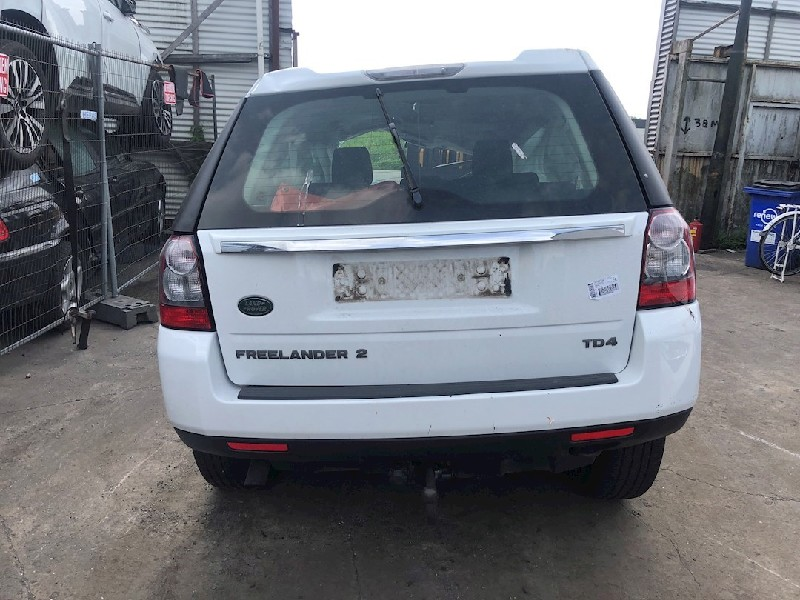 Land + Range Rover Freelander II Terreinwagen 2.2 tD4 16V (224DT(Euro 5)) DRIVE SHAFT RIGHT FRONT 2011