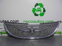 Chrysler Voyager/Grand Voyager (RG) MPV 2.8 CRD 16V (ENR) RADIATOR GRILL 2001 4857522AA 4857522AA/4857522AA